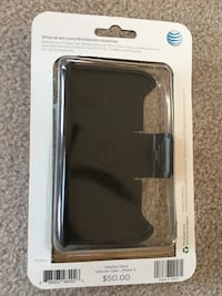 iPhone Otterbox Defender case - New in Box Crystal Lake, 60014