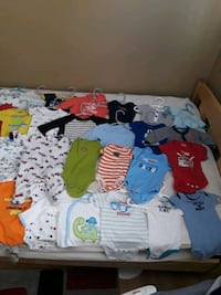 Newborn baby boy clothes  Roseville, 48066