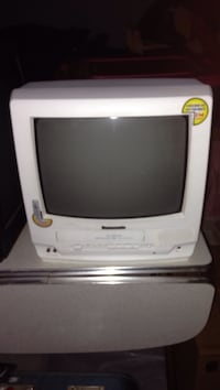 white CRT TV with remote Duluth, 55803