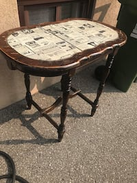Unique Vintage Table  Had in the family for years, not being used anymore.  VIEW MY OTHER ADS!!! Toronto