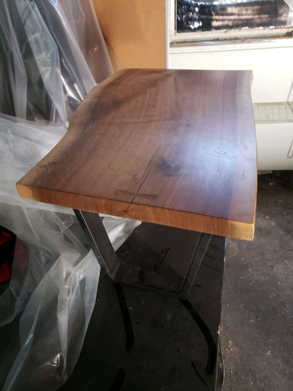Custom live edge coffee table 3ecb8528-694e-47e0-a798-b06911e5396c
