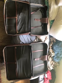2 genuine leather suit cases West Middlesex, 16159
