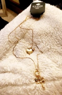 GUESS BRAND NECKLACE North Providence, 02904