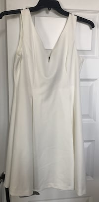 NEW: DKNY cream dress perfect for an event or evening size 12  Laval, H7X 3K4