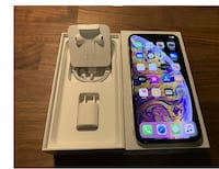 ╞╚With B0X iphone XS╞╚ new ! BEST OFFER ! Vancouver