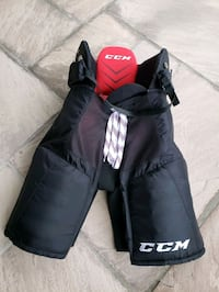 "Senior Hockey Pants--fits height 5'4""-5'7"" Vaughan, L4H 1W4"