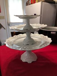 """Basic porcelains by Home Essentials & beyond very pretty used for weddings 8 inch 7"""" and 6 inch may also be used to stack fruit vegetables dips or even Cakes Phenix City, 36867"""