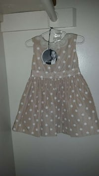 beautiful dress for toddler never worn   Halethorpe, 21227