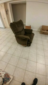 brown suede recliner sofa chair Toronto, M9M 1M4