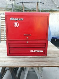 SNAP ON BOXES WITH KEY  2273 mi