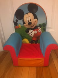 Sofa Mickey Mouse  Laval, H7A 0A4