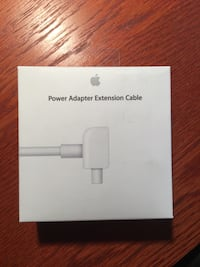 Apple - power adapter cable Montreal, H3B 1A2