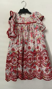Girl dres size 4-new