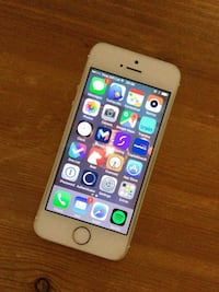 Iphone 5s Gold 16g No scratch on screen!