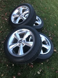 used chrome ford mustang 5 spoke wheel with tire rims stock rims for sale in avon letgo. Black Bedroom Furniture Sets. Home Design Ideas