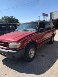 Ford - Explorer - 2000 Bethany