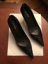 Sexy black pumps size 8  - never used