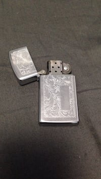 Gray flip-top lighter zippo Burnaby, V5H 1E4
