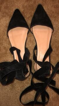 pair of black leather open-toe heeled sandals Madera, 93638