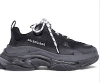 Balenciaga Triple S Sneaker New York, 11203