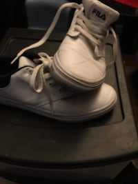 pair of white Nike Air Force 1 low shoes 1131 mi