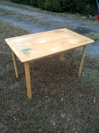 Wood table Upper Marlboro, 20772