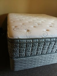 Queen mattresses in box springs as sets or separat Nashville, 37204