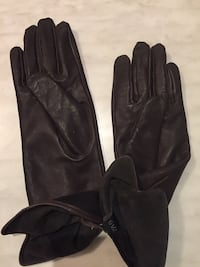 Brown leather gloves - new Vaughan, L4J 7W6