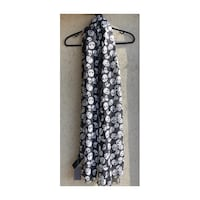 H&M black and white skull scarf Toronto, M3M