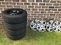 Set of Uniroyal Tiger Paw Touring 195/65R15 tires rims and caps for Hyundai $200
