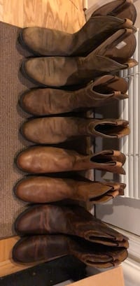 4 Pair of Ariat Men's 10 1/2 barely worn Arlington, 22201