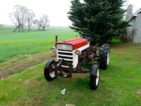 Tractor  IH 240 utility
