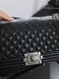 quilted black leather crossbody bag Brossard, J4W 2Y9