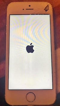 Cracked iPhone 5s for parts only Houston, 77069