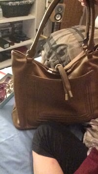 brown leather 2-way handbag Edmonton, T5X 6G7