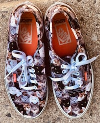Pair of brown-and-white vans low tops Bristow, 20136