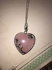 Heart shaped pendant necklace  San Antonio, 78249