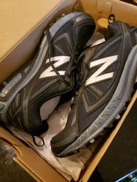 Mens  Size 11 New Balance Running Shoes