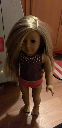 American girl McKenna doll ( retired) 775 mi