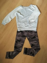 Camo pants and comfy sweater (small) Gatineau, J8Y 3M5
