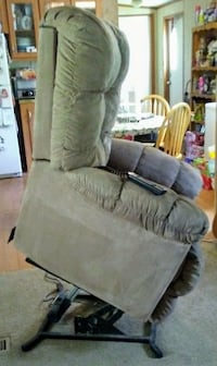 LIFT CHAIR/RECLINER Tomball