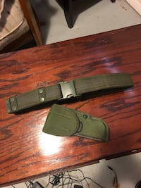Duty belt & M9 holster. Great condition   Lansing, 48910
