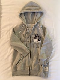 3/4 sleeve Abercrombie & Fitch grey hoodie