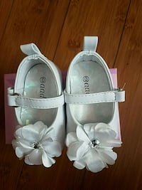 pair of white leather mary jane shoes South Gate, 90280