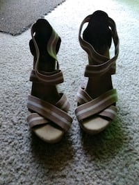 pair of brown leather open-toe sandals Gurnee, 60031