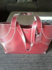 women's red leather tote bag Fresno, 93722