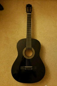 Black guitar perfect condition with bag. Fremont, 94536