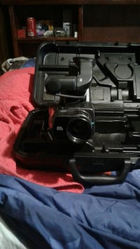 VHS CAMCORDER FROM SEARS WITH CASE,CHARGER AND TRI