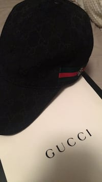 Gucci hat Pitt Meadows, V3Y 2H2