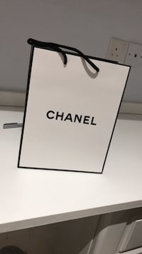 Chanel gift bag Leicester, LE2 1ZE